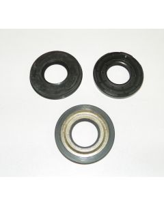 009-909 : TIGER SHARK 640 CRANKSHAFT OIL SEAL KIT